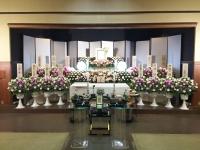 八王子市斎場(45名様規模の一般葬)仏教式 生花祭壇