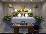ご依頼数NO,1 お葬式に必要となる「すべて」をセットにした完全定額プラン。当社式場使用料も含んでおります。